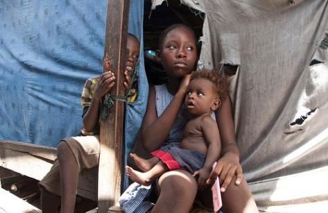 'We need help': Haiti earthquake survivors lack food, shelter 5557934729_8176c42f48