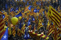 the flags with stars are leftwing Catalan