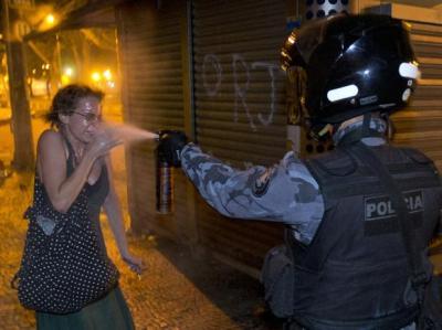 Las manifestaciones masivas fueron una respuesta a la violencia policial de la protesta de 13 Junio en Sao Paolo, con muchísimos heridos y detenciones.