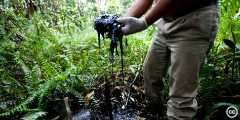 chevron-oil-spill-in-ecuadorean-Amazon-CC-Rainforest-Action-Network-2010