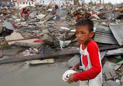 427765-tacloban-boy