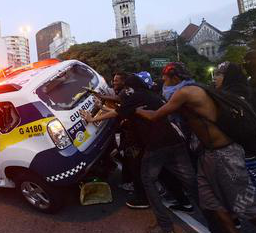 citizens remove badly parked police car