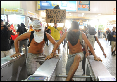 citizens freely exercising in the metro