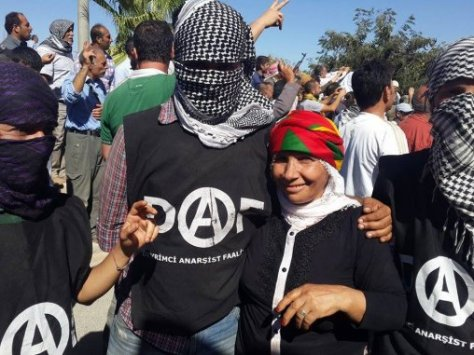 Turkish anarchists join Kobani resistance
