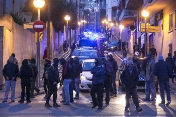 Cops arrest 11, raid anarchist Social Centres. 16 solidarity demos NOW