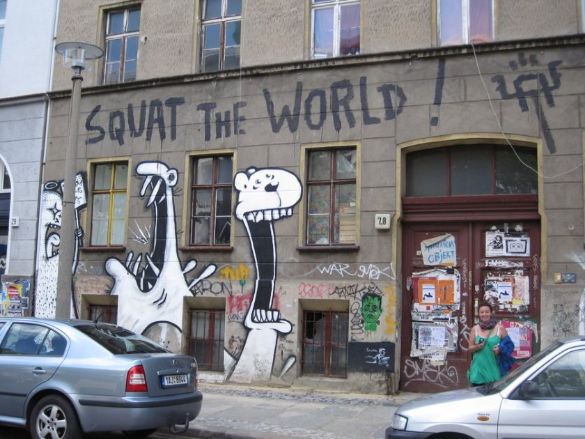 squat_the_world_by_the_big_pink
