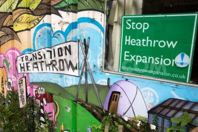 residents-of-grow-heathrow-site-resist-eviction-attempt-by-bailiffs