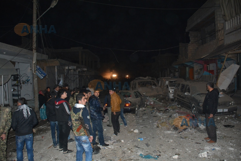 TIL TEMIR (KDN) – Kurdish town of Til Temir in Rojava's Hasakah province targeted by Turkey backed ISIS terrorists with 3 suicide trucks. Dozens of civilians killed or wounded, Kurdish officials report. According to Kurdish ANHA news agency, three suicide bombers blew the explosive-loaded trucks within seconds in the city center. ISIS terrorists targeted a civilian market, a hospital and a busy shopping mall in the town. Dozens of civilians have been killed or wounded in the attacks. Kurdish authorities transfer the wounded civilians to nearby cities for treatment.