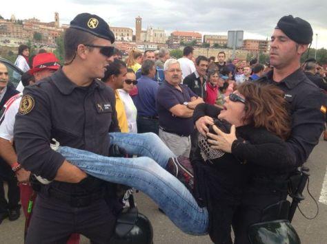 Detenciones-Toro-Vega-Ruth-Toledano_EDIIMA20140916_0178_13