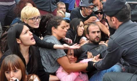 Manifestación antitaurina en Tordesillas en el toro de la Vega. Fran Jiménez