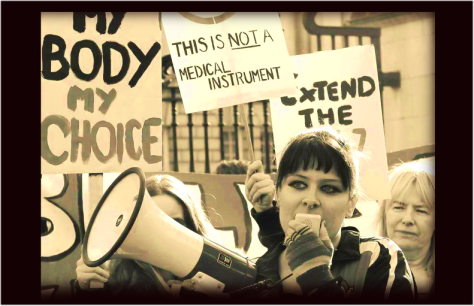 Suzanne Lee protesting for changes in Irish abortion laws. Photo credit Tyler McNally.