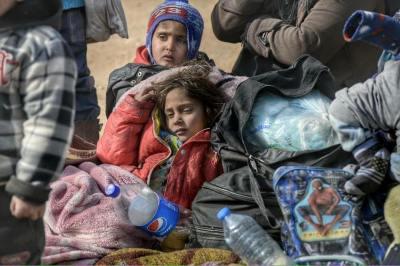 1000's of refugees arrive in Afrin ن لو انتو فتحتو الطريق ليفوتو على عفرين ماكنو بركو عالحدود