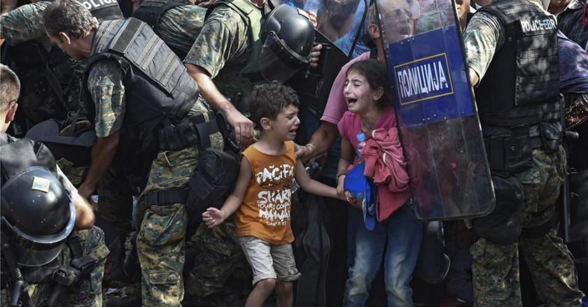 macedonia-refugees-08222015-10a