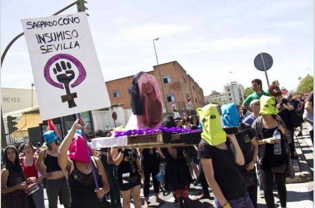 procesion-feministas-sevilla1