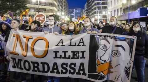 manifestacion-contra-ley-mordaza-valencia-1432207519921