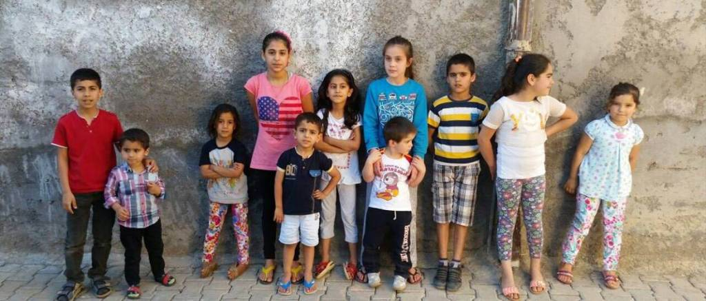 Young 'terrorists' in Nusaybin before it was destroyed