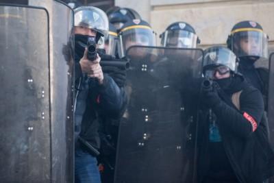 _l-utilisation-des-flashball-est-attaquee-dans-le-rapport-de-l-acat-sur-les-violences-policieres