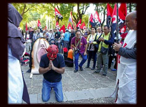 Devil forgiven..at CGT anarchist support demo for accused in Rebel Vagina Parade, Sevilla.2016