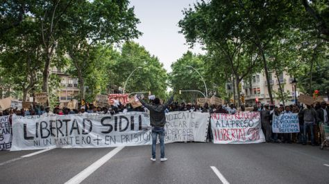 Demo against deportation of street vendors, Barcelona.