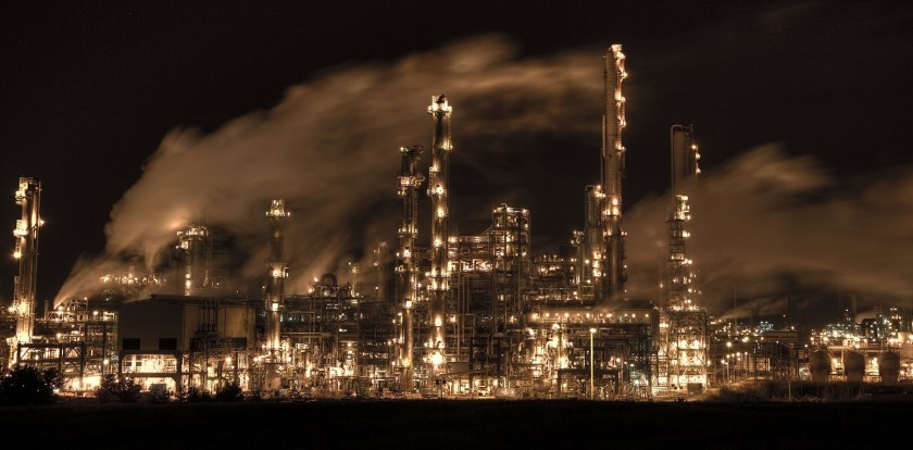 stock-oil-refinery-night-uk-scotland-1550x764