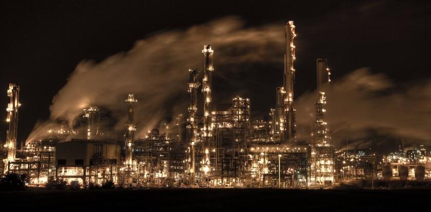 stock-oil-refinery-night-uk-scotland-1550x764