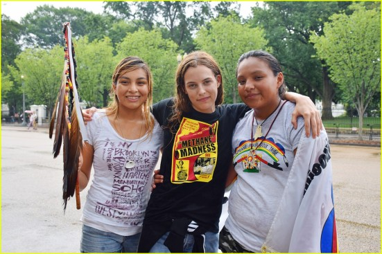 riley-keough-protests-dakota-access-pipeline-01