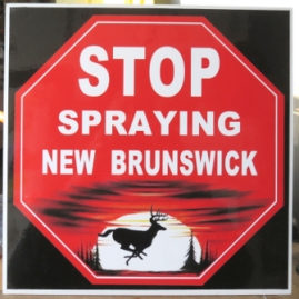 stop-spraying-NB-sign-doaktown-aug-10-2016