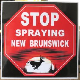 stop-spraying-NB-sign-doaktown-aug-10-2016