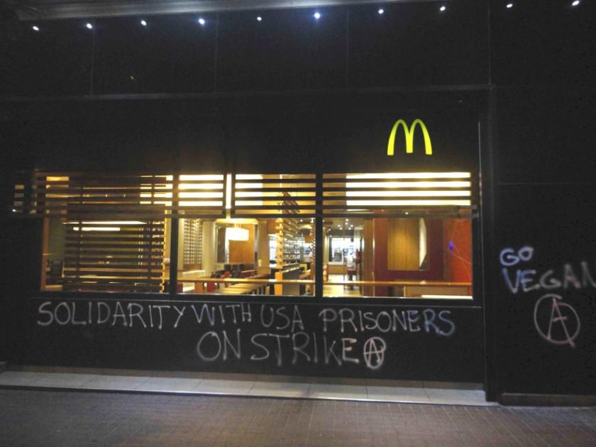usa-prisoner-support-graffiti