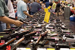 300px-houston_gun_show_at_the_george_r-_brown_convention_center
