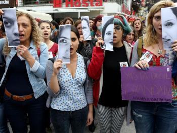 Turkey: Tourists, raped, robbed, murdered, jailed #BoycotTurkey.