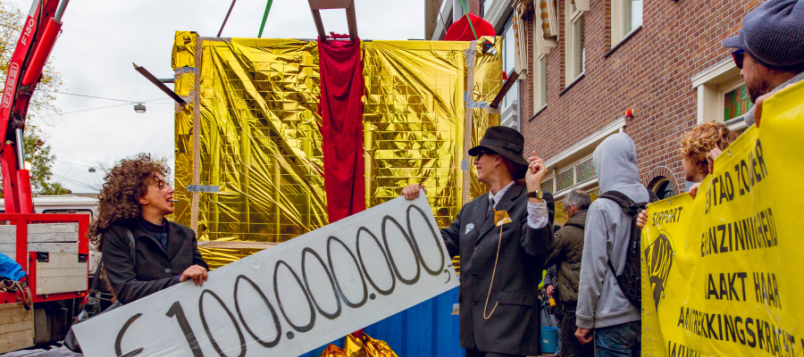 "Abused ADM Occupiers ""donate 100m Euros"" to Gangster Speculators, Amsterdam"