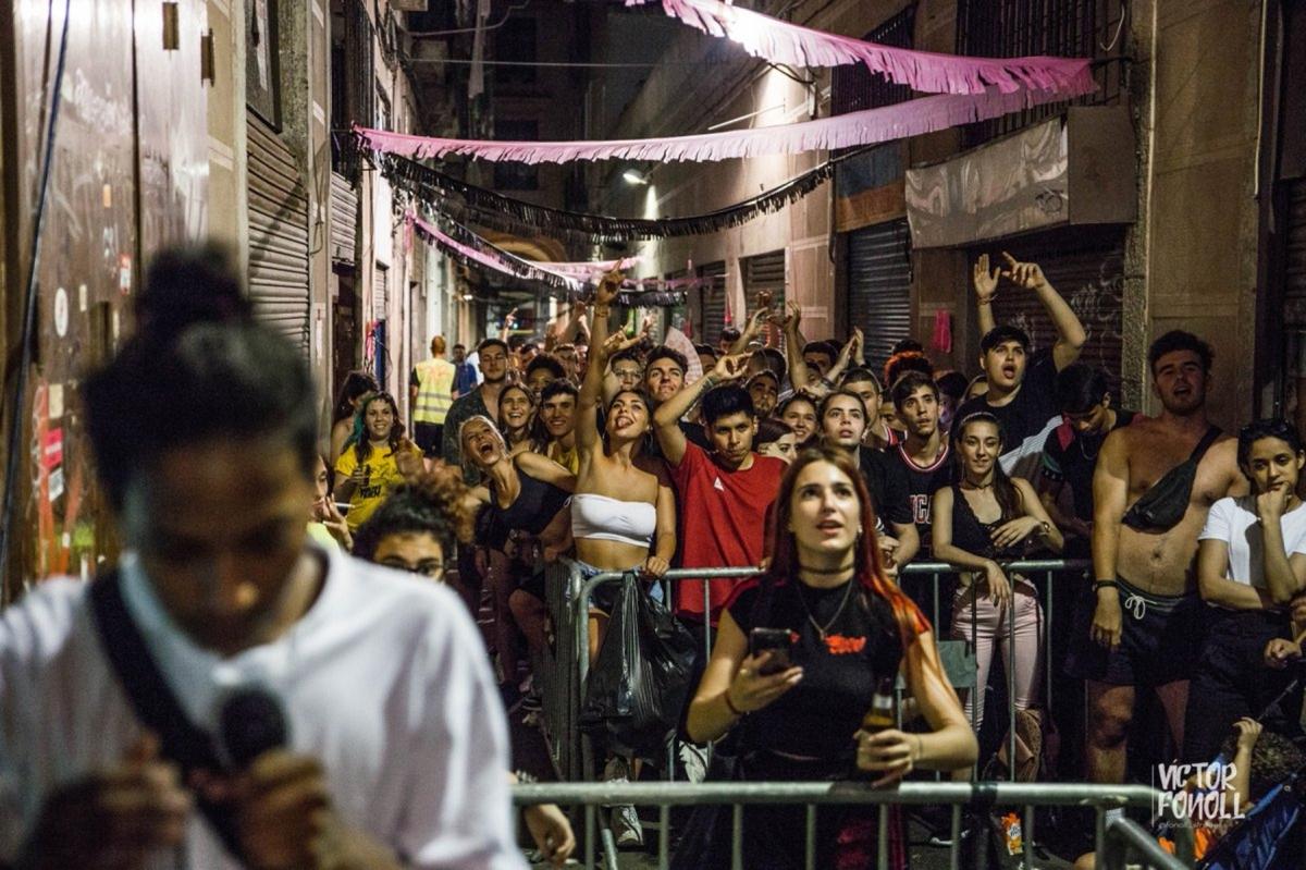 Barcelona: 15 day blockade stops Blackstone eviction of 10Families