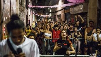 Barcelona: 15 day blockade stops Blackstone eviction of 10 Families