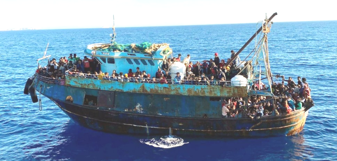 At least 43 more migrants drown in shipwreck off Tunis, says Red Crescent Eng/Esp